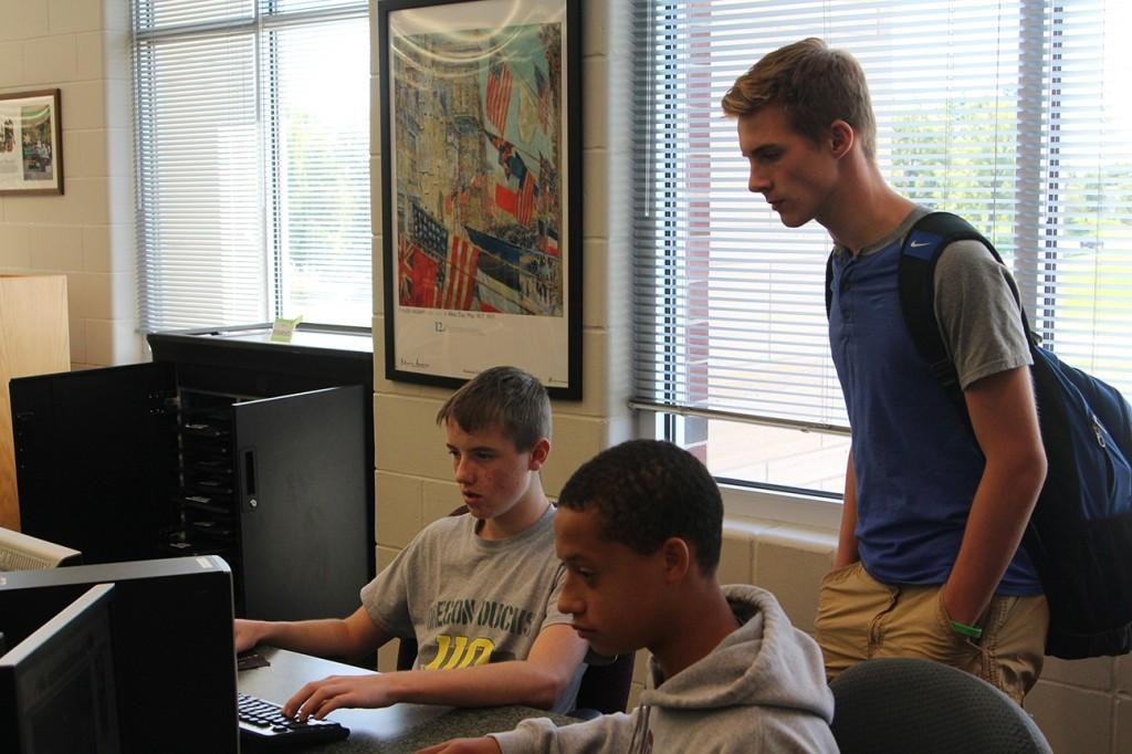 Sophomores Jayden Rasmussen, Antonio Cabrera and Reese Panos Study in the library during the lunch hour of block schedule. Photo by Jake Panos.