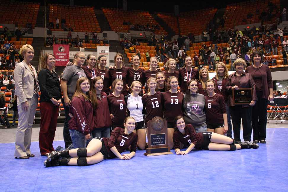 Mustangs win back-to-back state titles in volleyball