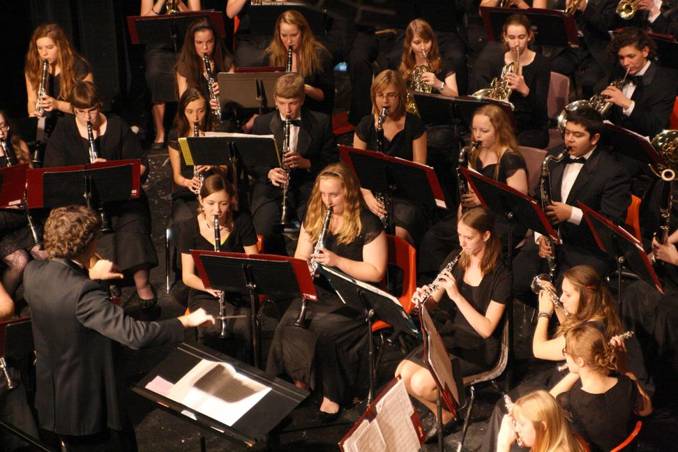 The MVHS Symphony Band plays Dec. 16. Conducted by Bernie Moore. Photo by Sarah Boettcher.