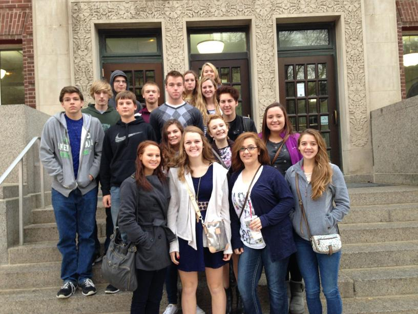 Student Journalists Attend, Present, and Compete at Contest