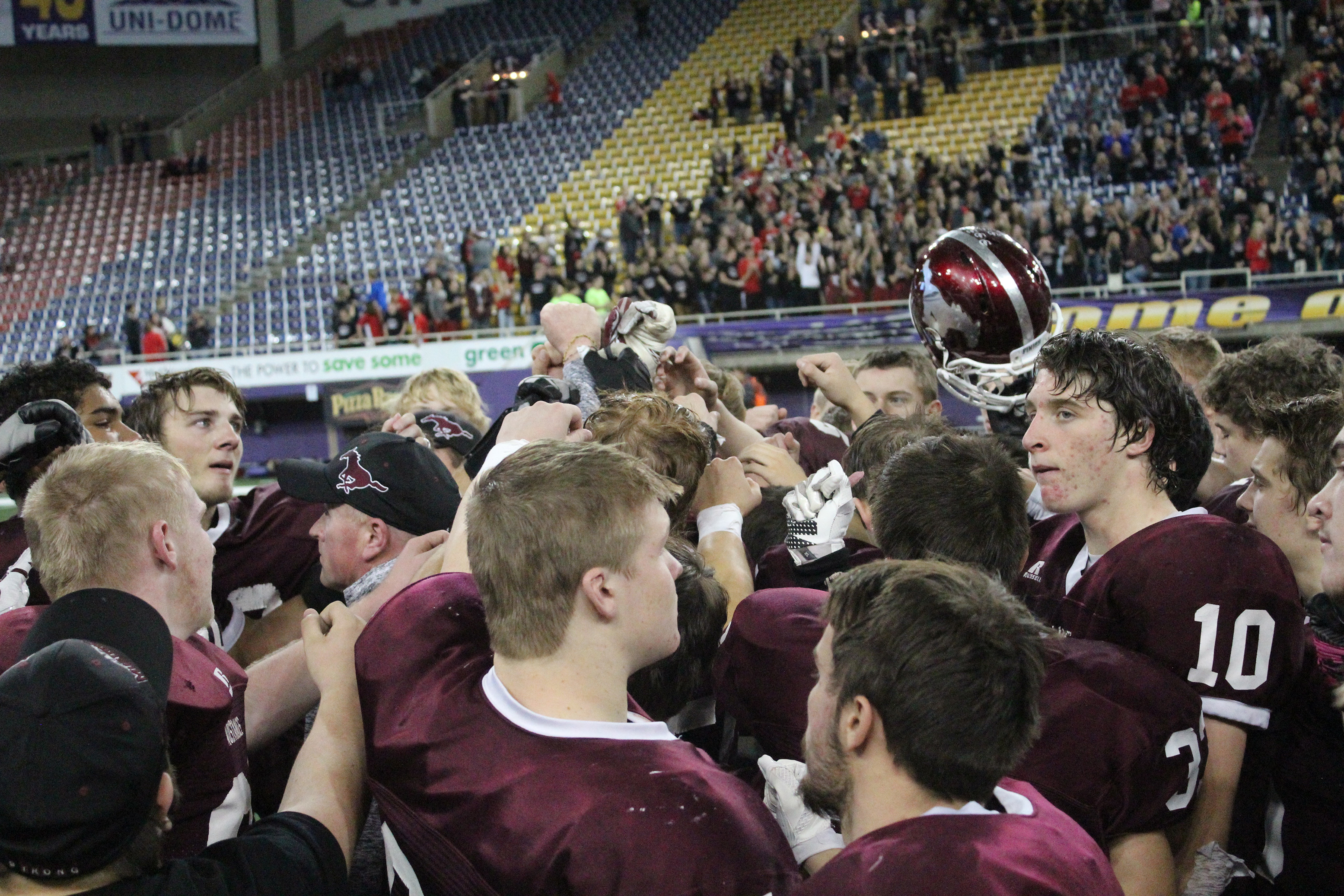 Road to the Dome: Football 2015