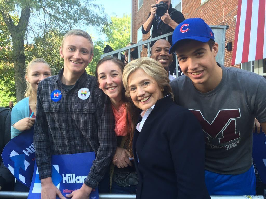 Students Meet Candidates in Presidential Extravaganza