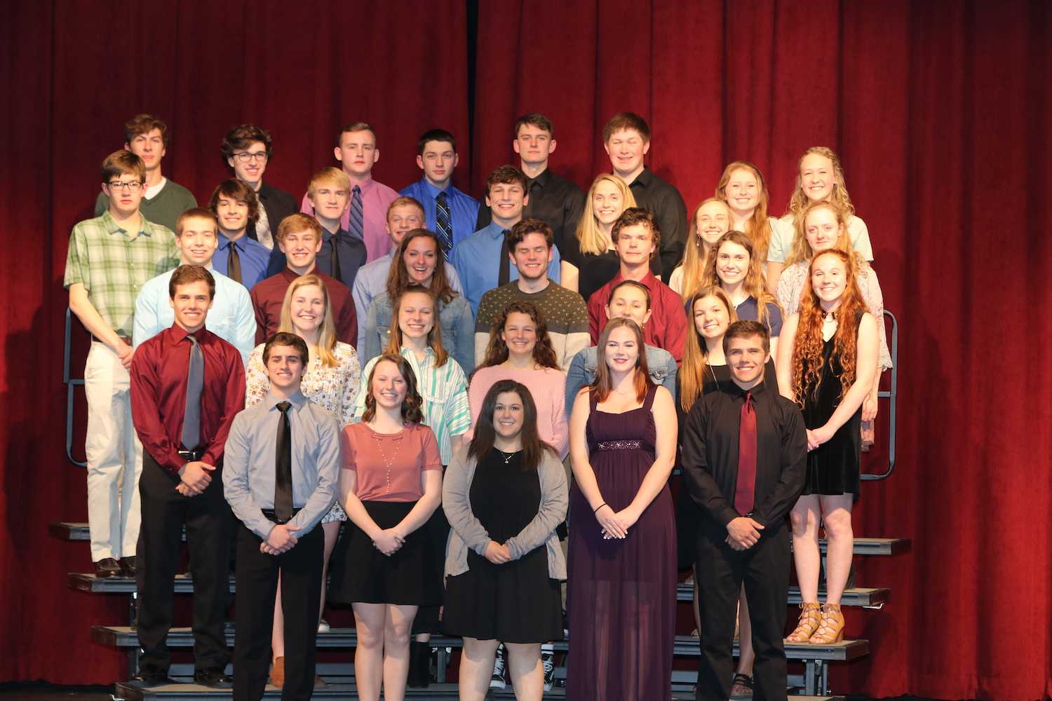 34 Students Inducted Into MVHS National Honor Society