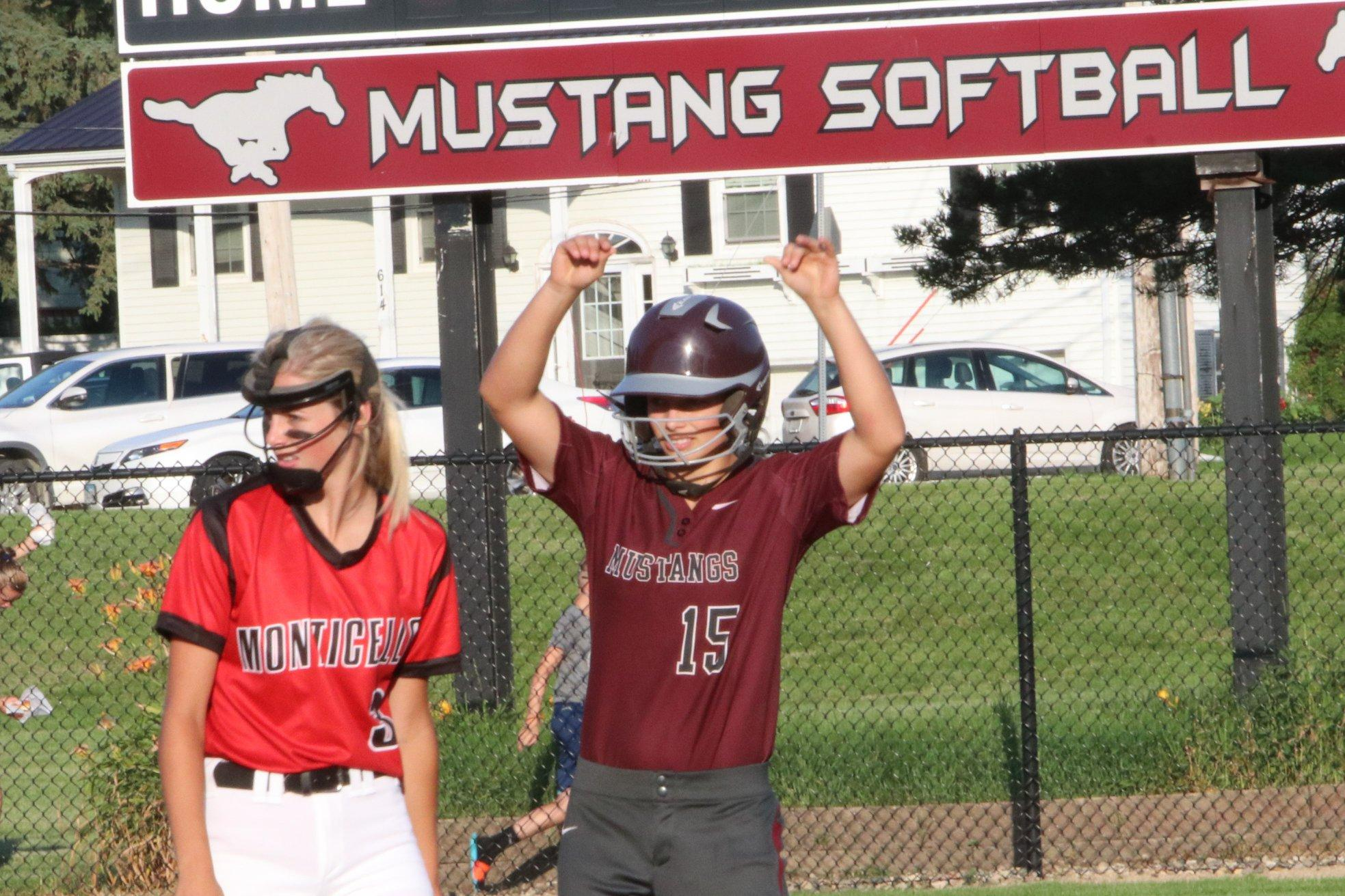 Mustangs Beat Monticello to Advance to Districts