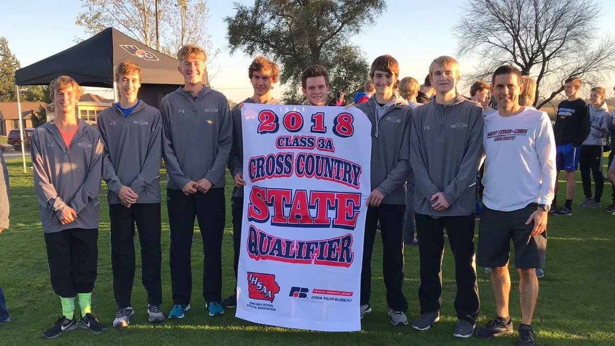 Boys Cross Country Advances to State; Girls Place Fifth at District Meet