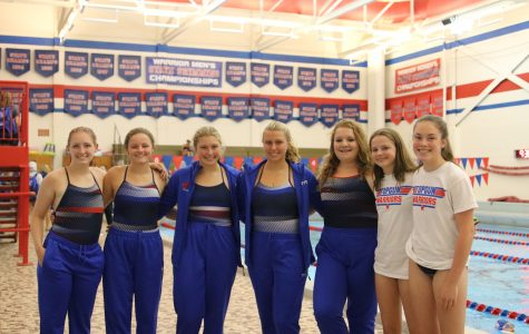 Seven Mustangs Swim for CR Washington